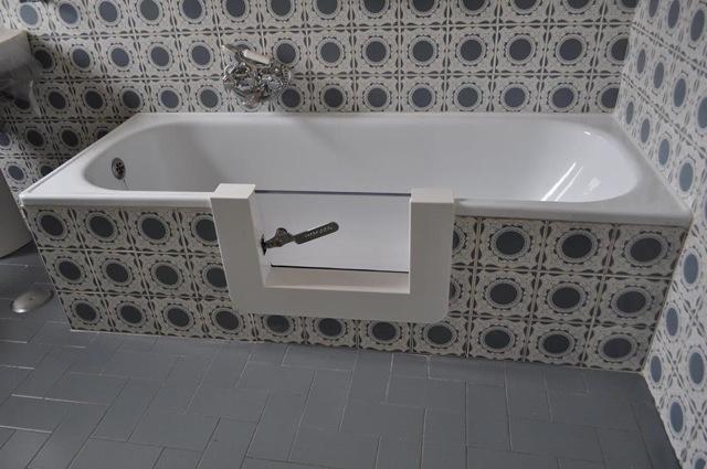 Vasche Da Bagno Con Apertura Laterale Prezzi : Vasca con sportello per anziani e disabili a viterbo