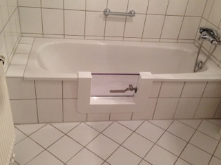 Vasca Da Bagno Anziani Prezzi : Vasca da bagno con sportello prezzi vasche da bagno per disabili